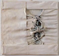 Gualtiero Redivo  (f oto 227 / n. 0878) - Il mal paese - cm 31 x 31 - 2010