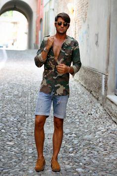 camouflage shirt    source www.thethreef.com