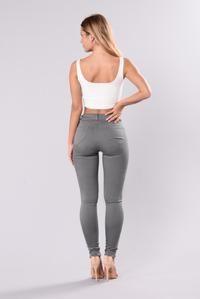 Remember Last Night Jeans - Cement – Fashion Nova Skins Leggings, Curvy Fit, Sexy Jeans, Distressed Skinny Jeans, Cement, Fitness Fashion, Sexy Women, Night, Nova