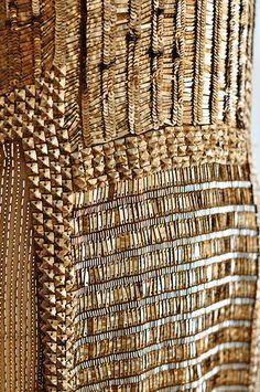 Shiny materials for interior design inspiration. See more: http://www.brabbu.com/en/inspiration-and-ideas/