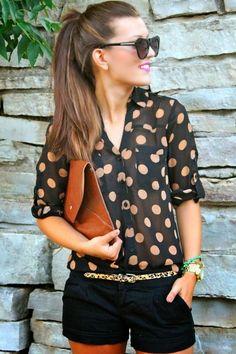 Roupas da moda, camisa feminina poá com short