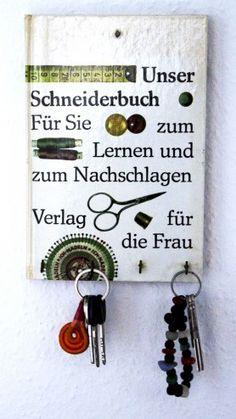 http://familiesooth.blogspot.de/2013/08/ideen-zum-recyling-alter-bucher.html