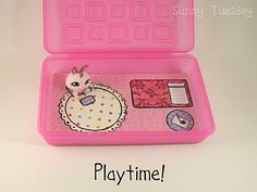 Easy Travel Play Case for small figurines (Littlest Pet Shop) great idea! fabulous pink!