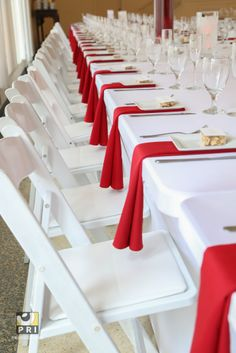 White with a pop of color. This red and white color theme is perfect for this Old Hollywood dinner party.