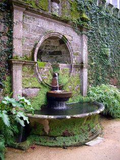 Parque Castrelos, Vigo, Spain #fountain #spain #park