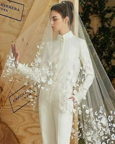 2020 Wedding Trend – Bridal Jumpsuit + Cloak #weddingdresses Blush Dresses, Bridal Dresses, Bride Veil, Wedding Jumpsuit, Wedding Looks, Wedding Trends, Wedding Ideas, One Shoulder Wedding Dress, Strapless Dress
