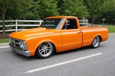 trucks and cars Chevy Pickup Trucks, Classic Chevy Trucks, Chevy C10, Gm Trucks, Chevy Pickups, Chevrolet Trucks, Cool Trucks, Classic Cars, Gmc Suv