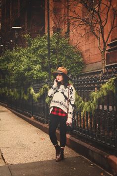 Flashes of Style: Christmas sweater over checkered red black shirt and skinny jeans | sweater c.o SheInside; top & denim- Aritzia; bag- vintage; hat c/o Worth & Worth; boots- Dolce Vita