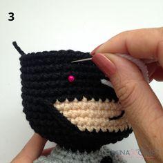 Batman Amigurumi – Minasscraft Patrones Amigurumis Crochet Baby Toys, Crochet Art, Crochet Crafts, Crochet Projects, Half Double Crochet, Single Crochet, Batman Amigurumi, Batman Free, Crochet Batman
