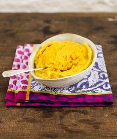 Purê de banana-da-terra | #ReceitaPanelinha: Bela ideia pra variar o clássico purê de batata. Essa receita com banana-da-terra e um toque de gengibre vai superbem com peixe e frango.