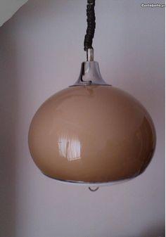 space age lamp by Guzzini  Candeeiro de colecção Guzzini Space Age UFO - à venda - Antiguidades e Colecções, Setúbal - CustoJusto.pt