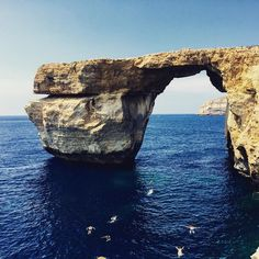Dwejra auf Gozo, auch genannt Azure Window. #malta #gozo #dwejra #azurewindow #azure #lovemalta #meer #ic_water #ic_landscapes #nationalgeographic #natgeo #igworld #igworldclub #travelgram #travel #wanderlust #ocean
