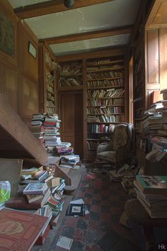 Chateau de la Foret - abandoned in Moulbaix, Belgium. Who would leave all those books????