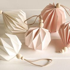 The Best Handmade Christmas Ornaments of 2017 – Origami Oragami Christmas Ornaments, Origami Ornaments, Christmas Origami, Paper Ornaments, Handmade Christmas Decorations, Handmade Ornaments, Paper Decorations, Handmade Crafts, Ramadan Decorations