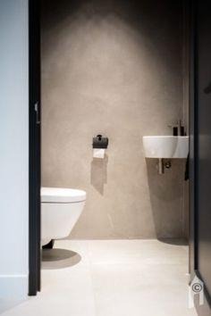 Serene Bathroom, Modern Bathroom Design, Bathroom Interior Design, Bathroom Designs, Bathroom Ideas, Modern Design, Chic Bathrooms, Dream Bathrooms, Amazing Bathrooms