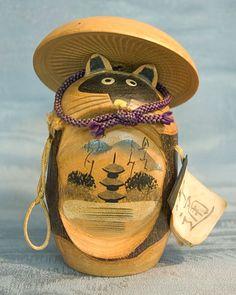 Japan vintage Tanuki kokeshi Momiji Doll, Matryoshka Doll, Kokeshi Dolls, Vintage Japanese, Japanese Art, Japanese Things, Japanese Folklore, Asian Doll, Feelings