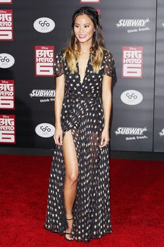 Jamie Chung looked stunning in a high-slit star-printed gown on the red carpet.
