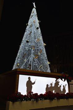 Christmas Tree at JR Osaka Station, Japan 大阪駅