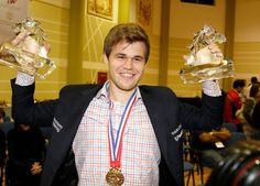 Magnus Carlsen Chess Champion