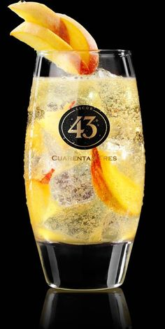 ingredients:  30 ml Licor 43  10ml peach liqueur  10 ml lime juice  7-Up or Sprite   PREPARATION  Fill a highball glass with ice cubes enough, pour in Licor 43, peach liqueur and lime juice. Top the highball with Sprite. Stir lightly with a spoon through the mix. Garnish with one or two peach wedges.