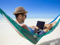 Financial Tips for Planning a Digital Nomad Life #digitalnomadlife #financialplanningtips