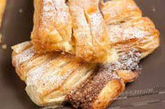 Danish Pastry twists Recipe with a maple and pecan nut filling. Vegan recipe with step by step pictures. Nut Recipes, Snack Recipes, Recipies, Cake Recipes, Vegan Desserts, Easy Desserts, Vegan Sweets, Vegan Food, Baking
