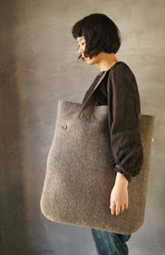 felted bag  to die for ... must have ... can't sleep .. drop dead .. drooling