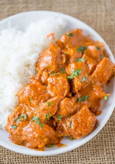 Slow Cooker Indian Butter Chicken made with spices you already have in your cabi. Slow Cooker Indian Butter Chicken made with spices you already have in your cabinet with all the creamy deep flavors you& expect from your favorite restaurant. Crockpot Recipes Cheap, Cooking Recipes, Cooking Beef, Cheap Chicken Recipes, Cooking Videos, Cooking Tools, Paleo Recipes, Butter Chicken Rezept, Butter Chicken Thermomix