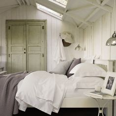 best summer cottage room