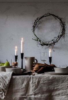 90 skandinavische Weihnachtsdeko Ideen für ein ultimatives Hygge-Feeling zu Hause - Todo Lo Que Necesitas Saber Para La Fiesta Christmas Table Settings, Holiday Tables, Thanksgiving Table, Christmas Decorations, Holiday Decor, Scandinavian Christmas, Scandinavian Home, Hygge, Estilo Interior