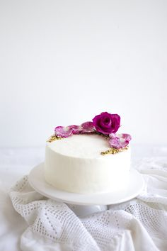 This would be lovely for a small wedding. Could also put cupcakes around base for more servings. Pistachio Rose Cake