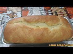 Nessa receita você vai aprender a fazer um pão de liquidificador de massa mole que fica super fofinho parecendo um bolo. Muito simples e rápido de fazer. How To Make Bread, Kefir, Dessert Recipes, Desserts, Hot Dog Buns, Sweet Recipes, Food And Drink, Youtube, Quick Recipes