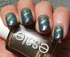 Dragonflies on the pond stamping with BP-74 nail plate from BornPrettyStore. I started off with Astra Holo 705 and then made a three-some gradient with Astra Holo 704 on the base of the nails and Astra Holo 703 on the tips. The gradient is so well blended that you can't really tell it's 3 colours LOL :) But I swear there's them all! Read more at http://www.lightyournails.com/2015/07/dragonflies-on-pond-bp-74.html#wk8dp8hhx4zsCdP3.99