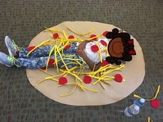 Pete's A Pizza dramatic plat activity to pair with the book. This activity never gets old-kids love it! Coyne's Crazy Fun Preschool classroom.