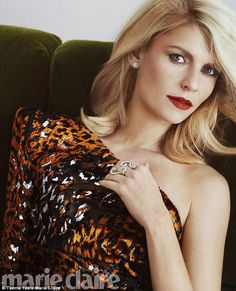 Claire Danes Reminisces About Falling In Love With Hubby Hugh Dancy For 'Marie Claire'!: Photo Claire Danes looks absolutely stunning on the cover Marie Claire magazine's February 2017 issue, on newsstands January Here's what the Homeland… Claire Danes, Marie Claire, Beauty Editorial, Editorial Fashion, Carrie Mathison, Hugh Dancy, Blonde Beauty, Blonde Hair, Celebs