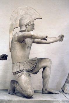 "Reconstruction of ""Trojan archer"" Aphaia temple pediment Greek History, Art History, Ancient Art, Ancient History, Sea Peoples, Greek Soldier, 7th Grade Art, Greek Warrior, Stone Statues"