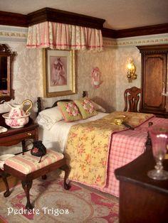 ¡Hoy puede ser un gran dia! (jt-lovely miniature bedroom by Pedrete Trigos) Miniature Rooms, Miniature Houses, Miniature Furniture, Dollhouse Furniture, Victorian Dolls, Victorian Dollhouse, Victorian Bedroom, Modern Dollhouse, Carpe Diem