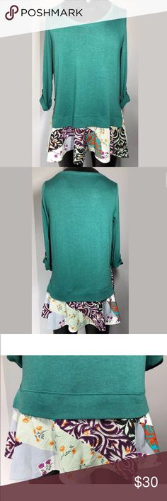 Anthropologie little yellow button floral tunic L Gorgeous aqua green flowy top, very light pilling Anthropologie Tops Tees - Long Sleeve