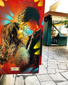 L'amore al tempo del Coronavirus di C215 Christian Guémy, in arte C215, è uno street artist parigino specializzato in stencil e graffiti ed è oggi un...