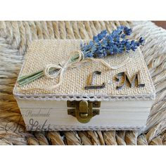 Caja de boda personalizada caja del anillo por AnnasHandmadeSecrets