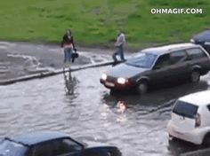 This man who isn't remotely concerned about flooding. | 35 GIFs Of Individuals Who Really Did Nail It