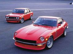 1972 Datsun 240 Z in front and 1973 Datsun 510 in the background. So nice