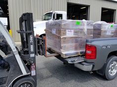 FedEx Freight unloads their HTS Systems' HTS-CC-18 Cone Cradle order from Pulverman Chevy pick-up truck, mission accomplished.