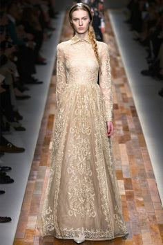Russian style in fashion. Russian nobility style by Valentino.-lovely for  a second wedding
