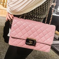 """The bag  Many of you are asking to see what my client choose on our personal shopping day ✨✨✨ #newin #chanel #chanelclassic #chanelflap #pink…"""