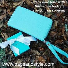 New All About The Benjamins Wallet for Spring 2017 www.bagsandstyle.com #ThirtyOne #ThirtyOneGifts #31 #Tiffany #TiffanyBlue #FindAConsultant #BagsandStyle