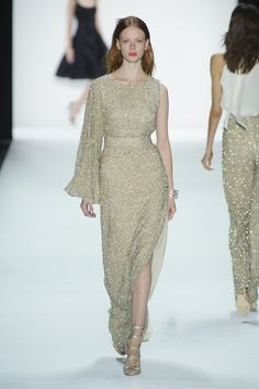 Golden one-sleeved sheath gown by Badgley Mischka @ New York Fashion Week Spring Summer '16 #fashionweek #badgleymischka #rendezvousdelamode #couture #evening #gown #gold #embroidery #longbell #bellsleeves #scoopneck #classic #sequins