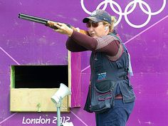 5 things to know about Olympic skeet shooter Kim Rhode (photo: AP)