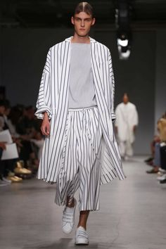 Juun J. Menswear Spring Summer 2015 Paris - NOWFASHION