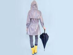 DIY-Anleitung: Regenparka mit Kapuze, Taschen und Passe nähen via DaWanda.com